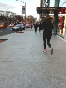Abbigliamento sportivo nella street fashion di New York