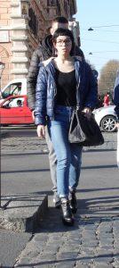 I jeans sono molto amati nella street fashion di Roma