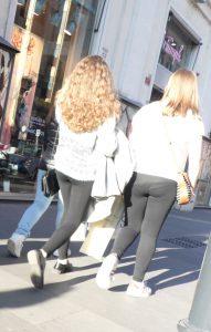 I leggins vanno per la maggiore nella street fashion di Roma
