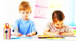 esempi di come vestire i bambini alla scuola materna