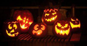 Le zucche sono l'ultima novità per vestire i bambini per Halloween