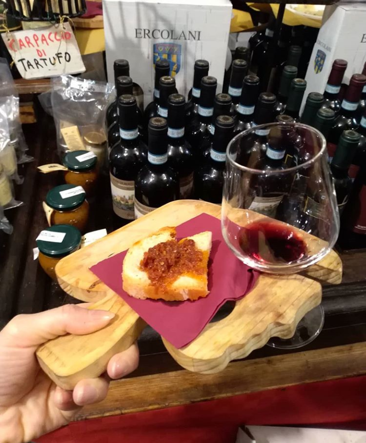 degustazione del Vino Nobile di Montepulciano