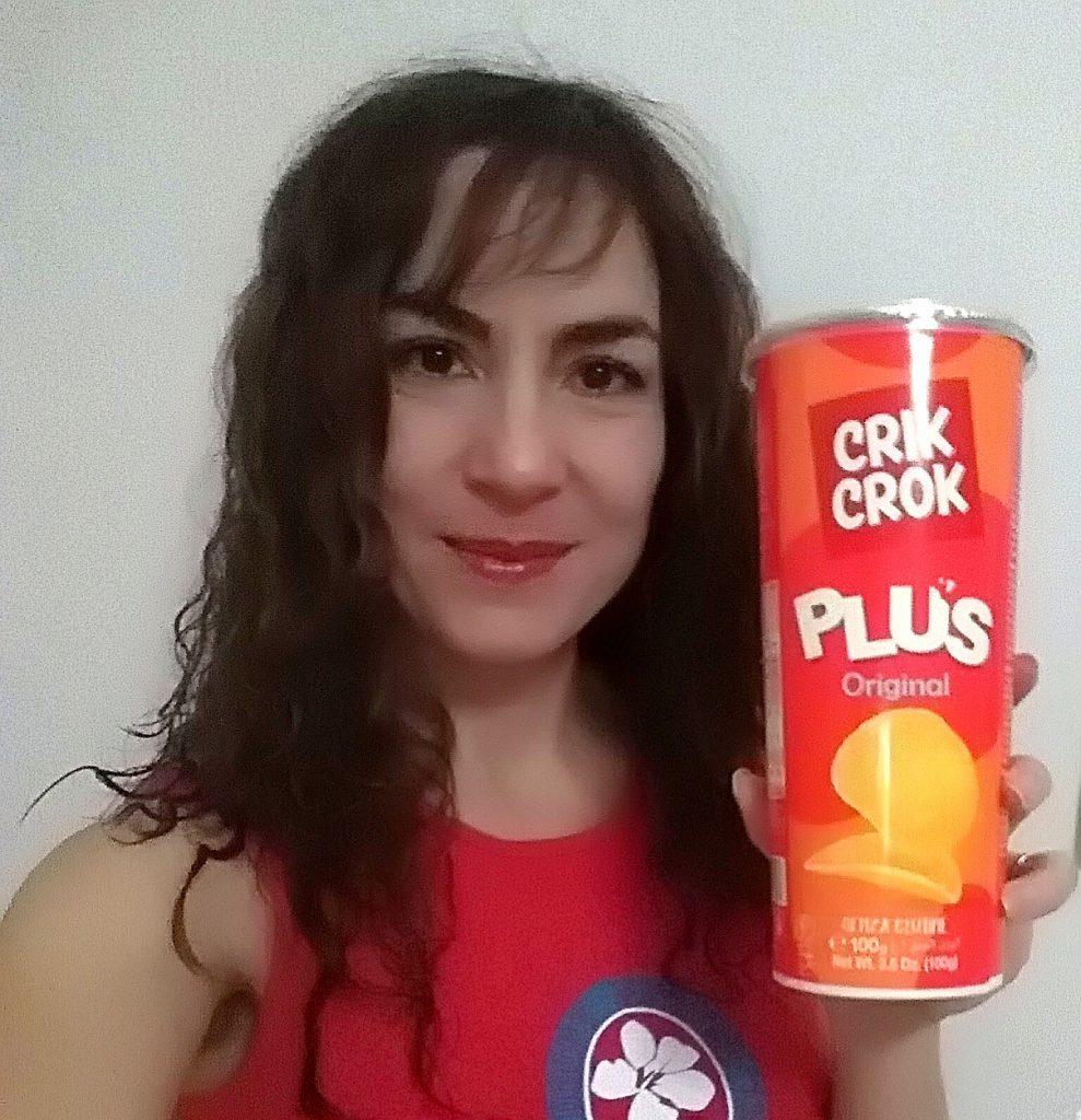 Candy Valentino con il nuovo tubo di patatine Crik Crok plus