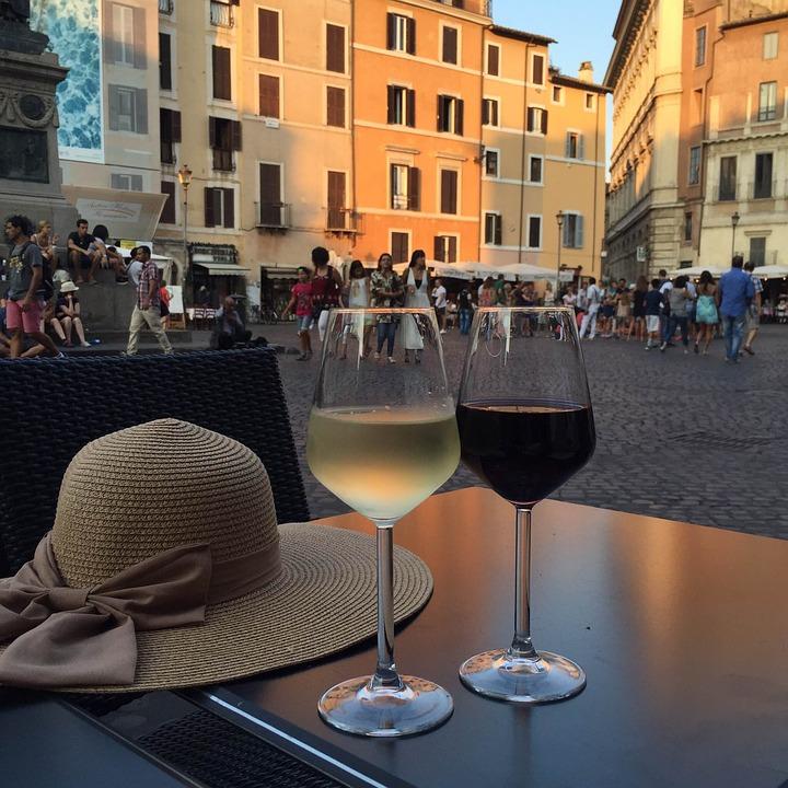 Torna la settimana del lusso a Roma con La Vendemmia