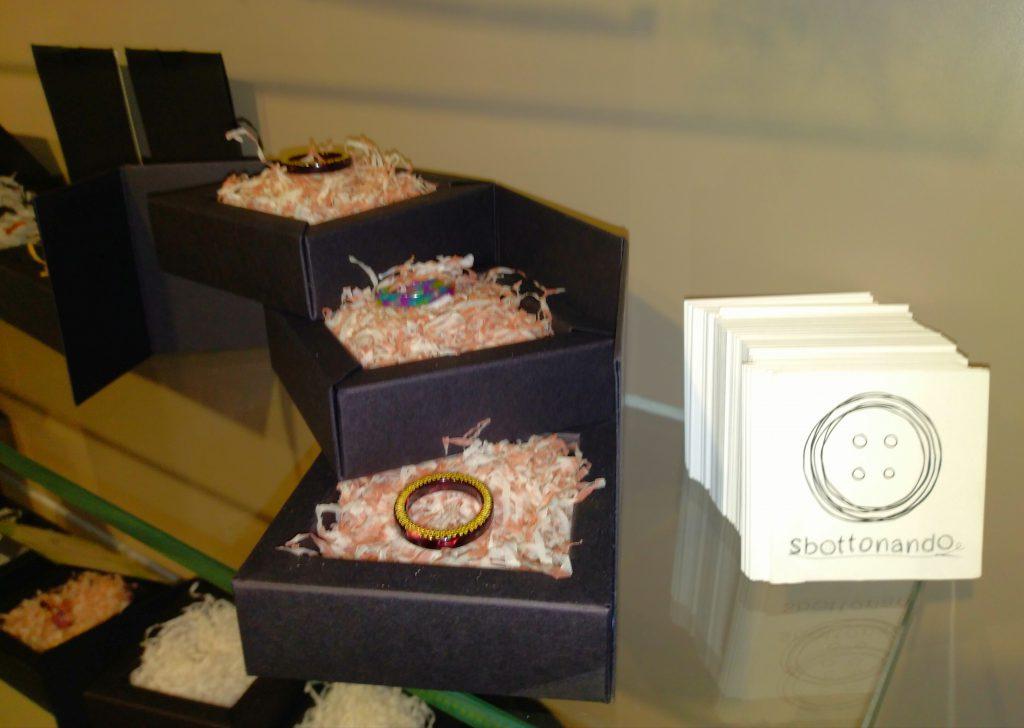 Alcuni anelli della collezione TRIuSo