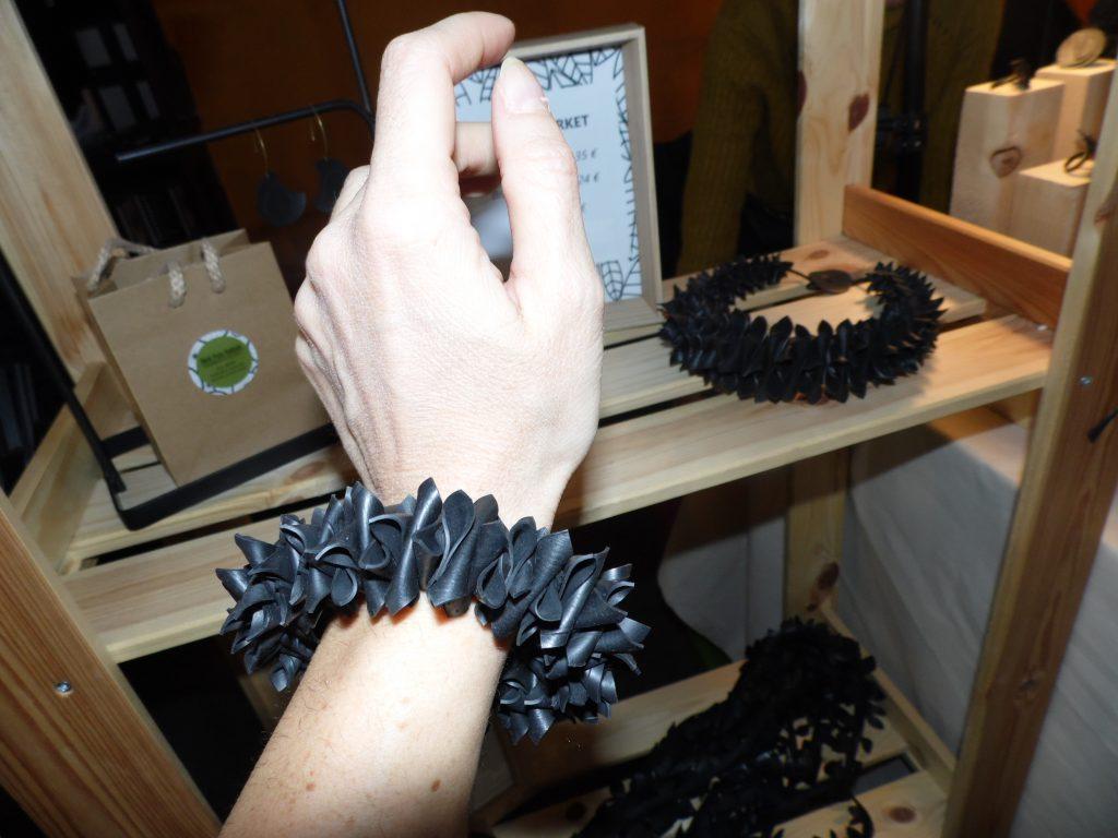 Le creazioni di Back From Rubbish al Wave Market Fair