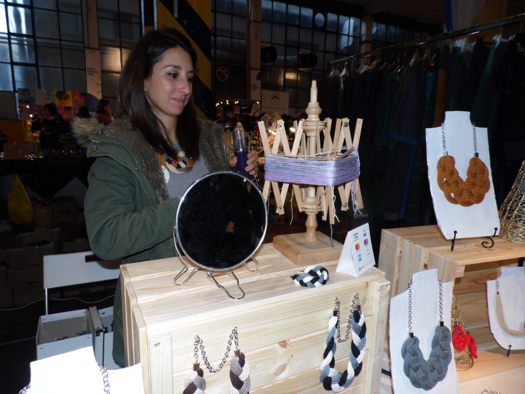 Collane a Wave Market Fair