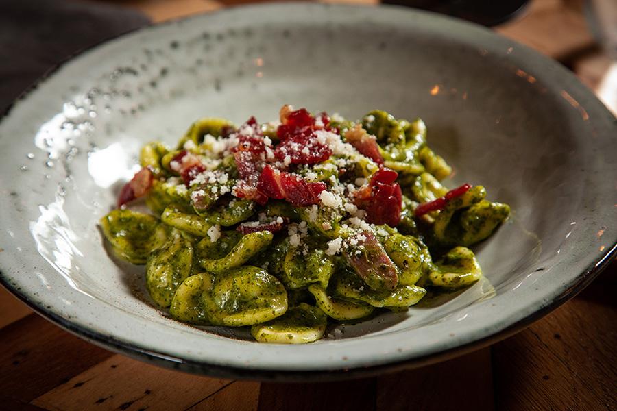 i piatti del ristorante Tavola