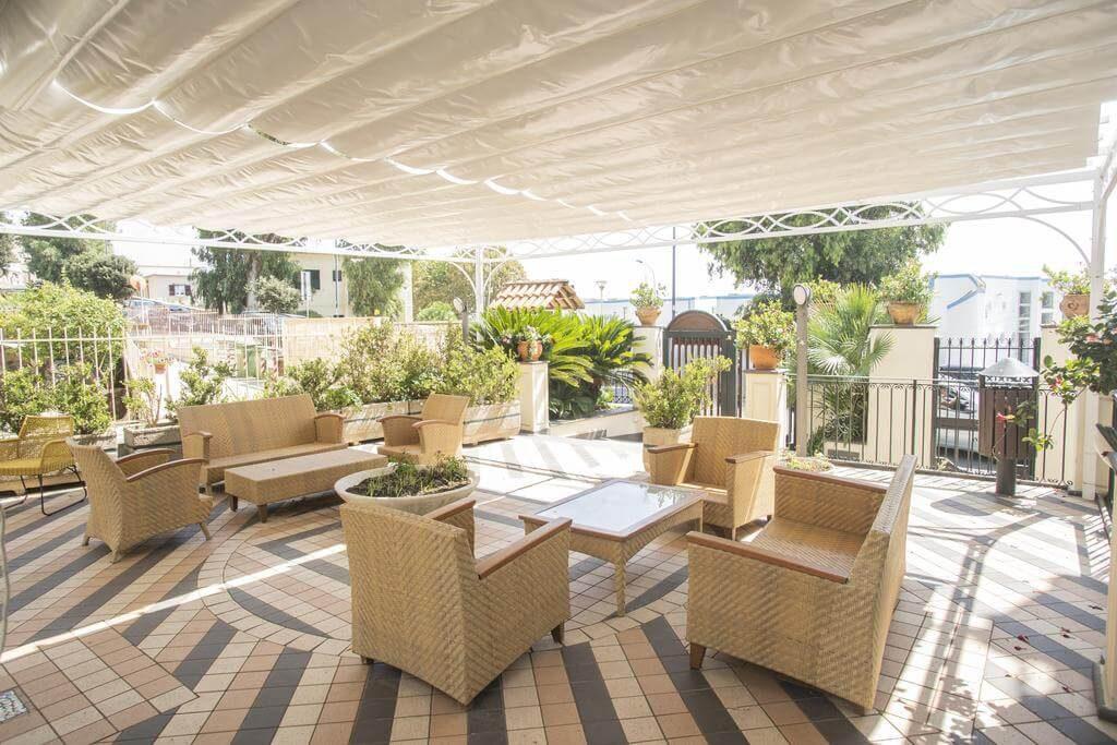 alloggiare all'hotel villa luisa durante le vacanze in Campania