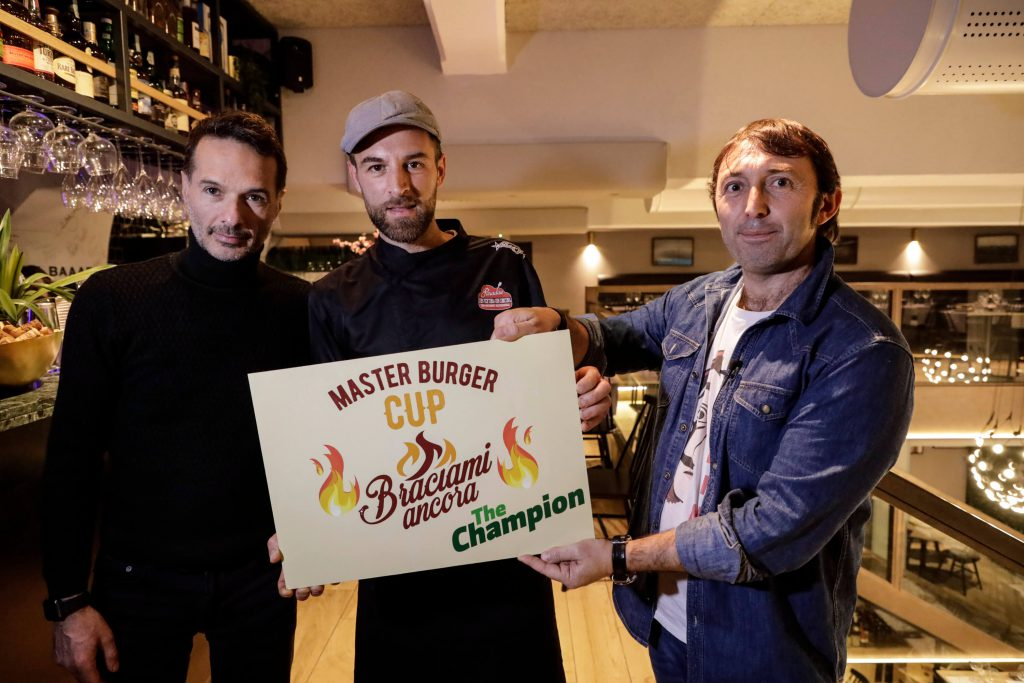 la premiazione del migliore hamburger d'Italia