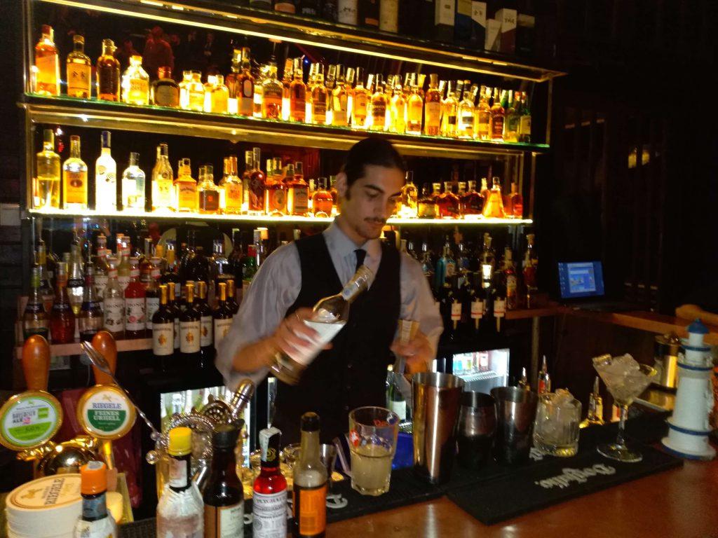 l'inaugurazione di Dram, il miglior whisky bar a Roma