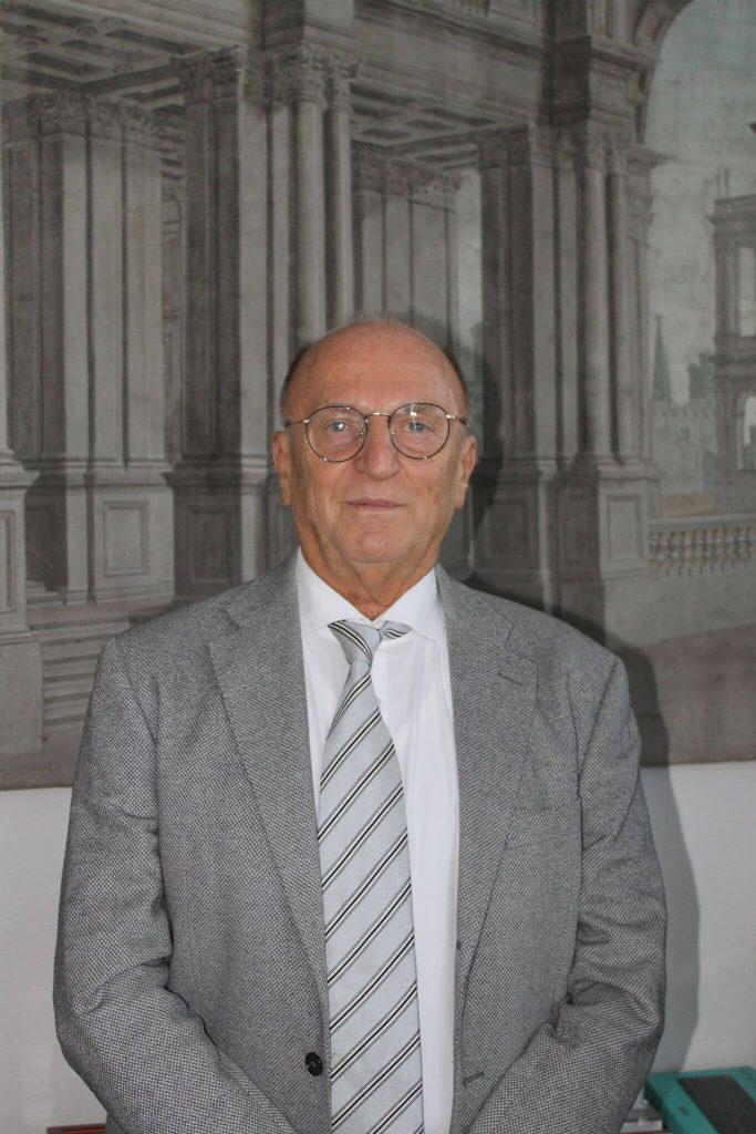 Pietro Scandellari della città della moda bolognese
