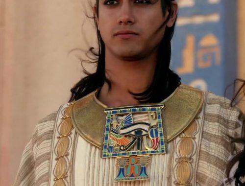 uno degli abiti tradizionali egiziani