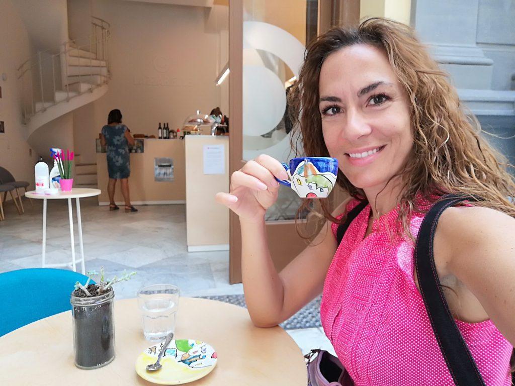 Candy beve il miglior caffè a Napoli