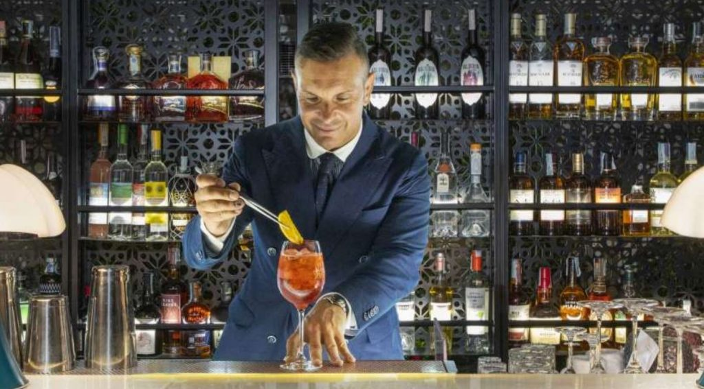 Matteo Zed leads one of the best cocktail bars in Rome-min