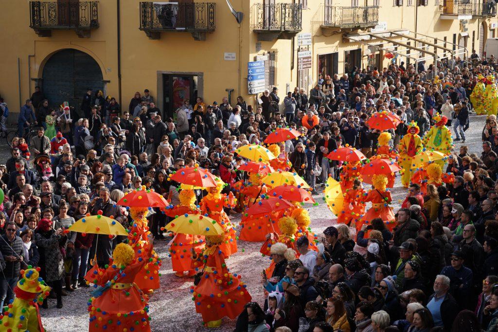 Carnevale di Santhià sfilata