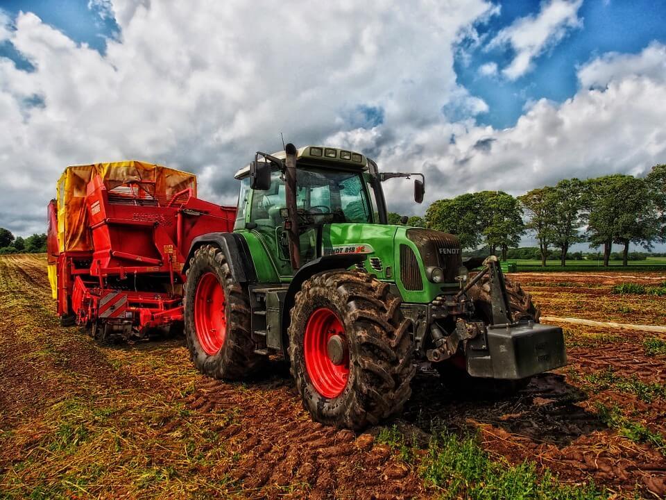 agricoltura di precisione con guida automatica