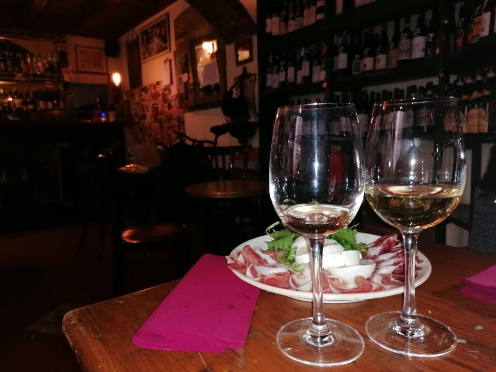 the offer of the best wine shop in Rome Italy