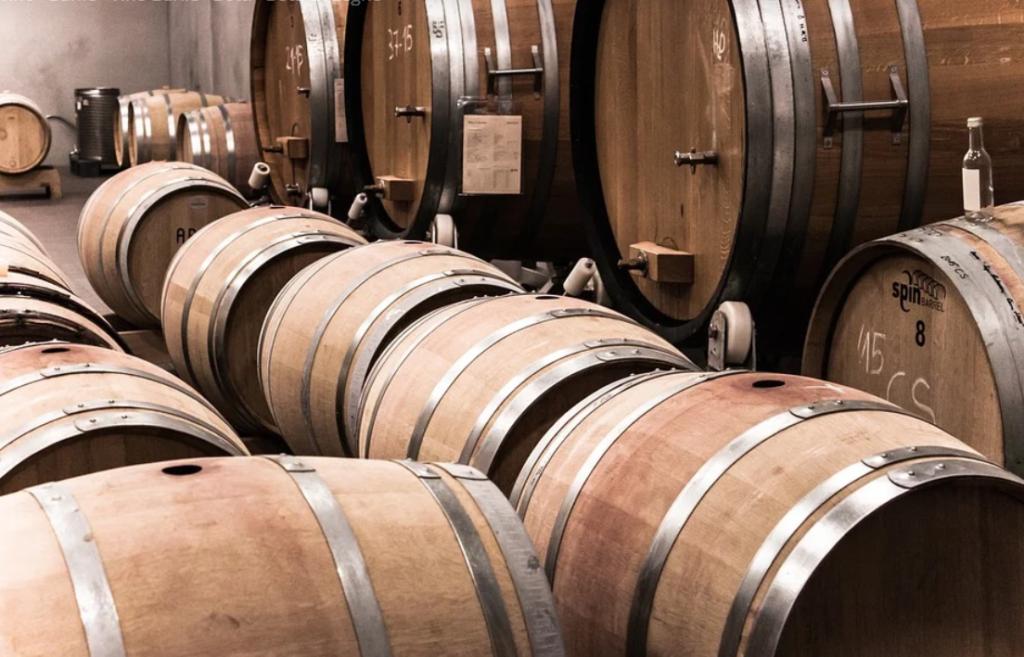cantine per produrre vino kosher